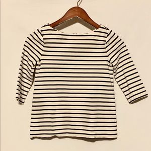 Black and White Striped 3/4 Sleeved Top